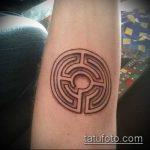Фото тату лабиринт рисунок (Tattoo labyrin) (значение) - пример рисунка - 009 tatufoto.com