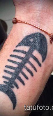 Фото тату скелет рыбы – пример рисунка – 30052017 – пример – 006 Fish skeleton tattoo