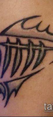 Фото тату скелет рыбы – пример рисунка – 30052017 – пример – 055 Fish skeleton tattoo