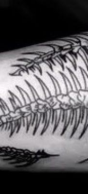 Фото тату скелет рыбы – пример рисунка – 30052017 – пример – 070 Fish skeleton tattoo