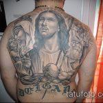 Фото тату Иисуса Христа №698 - прикольный вариант рисунка, который легко можно использовать для переработки и нанесения как тату иисуса христа на плече