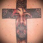 Фото тату Иисуса Христа №574 - классный вариант рисунка, который легко можно использовать для преобразования и нанесения как тату иисуса христа на предплечье