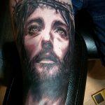 Фото тату Иисуса Христа №731 - эксклюзивный вариант рисунка, который удачно можно использовать для переделки и нанесения как тату иисуса христа на боку