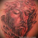 Фото тату Иисуса Христа №659 - крутой вариант рисунка, который удачно можно использовать для преобразования и нанесения как тату иисуса христа в кресте