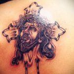 Фото тату Иисуса Христа №586 - классный вариант рисунка, который легко можно использовать для преобразования и нанесения как тату иисуса христа на запястье