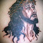 Фото тату Иисуса Христа №262 - крутой вариант рисунка, который удачно можно использовать для доработки и нанесения как тату иисуса христа в кресте