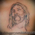 Фото тату Иисуса Христа №240 - достойный вариант рисунка, который легко можно использовать для доработки и нанесения как тату иисуса христа на запястье