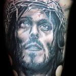 Фото тату Иисуса Христа №319 - интересный вариант рисунка, который хорошо можно использовать для переделки и нанесения как тату иисуса христа и дьявола