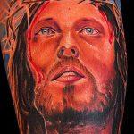 Фото тату Иисуса Христа №988 - уникальный вариант рисунка, который легко можно использовать для преобразования и нанесения как тату иисуса христа на предплечье