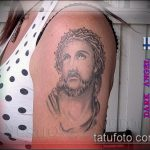Фото тату Иисуса Христа №718 - интересный вариант рисунка, который успешно можно использовать для переделки и нанесения как тату иисуса христа и дьявола
