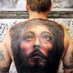 Фото тату Иисуса Христа №700 - классный вариант рисунка, который успешно можно использовать для доработки и нанесения как тату иисуса христа в кресте