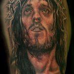 Фото тату Иисуса Христа №962 - достойный вариант рисунка, который легко можно использовать для доработки и нанесения как тату иисуса христа на спине