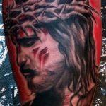 Фото тату Иисуса Христа №634 - прикольный вариант рисунка, который легко можно использовать для доработки и нанесения как тату иисуса христа на предплечье