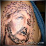 Фото тату Иисуса Христа №283 - прикольный вариант рисунка, который успешно можно использовать для переработки и нанесения как тату иисуса христа на предплечье