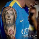 Фото тату Иисуса Христа №569 - эксклюзивный вариант рисунка, который легко можно использовать для преобразования и нанесения как тату иисуса христа на предплечье