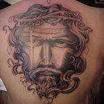 Фото тату Иисуса Христа №237 - эксклюзивный вариант рисунка, который хорошо можно использовать для преобразования и нанесения как тату иисуса христа на плече