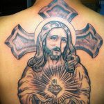 Фото тату Иисуса Христа №274 - достойный вариант рисунка, который хорошо можно использовать для доработки и нанесения как тату иисуса христа и дьявола