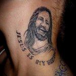 Фото тату Иисуса Христа №182 - классный вариант рисунка, который успешно можно использовать для доработки и нанесения как тату иисуса христа на запястье