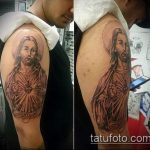 Фото тату Иисуса Христа №289 - интересный вариант рисунка, который успешно можно использовать для преобразования и нанесения как тату иисуса христа на спине