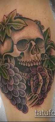 Фото тату виноград – 20062017 – пример – 078 Tattoo grapes_tatufoto.com