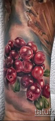 Фото тату виноград – 20062017 – пример – 080 Tattoo grapes_tatufoto.com