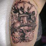 Фото тату игральные кости №130 - эксклюзивный вариант рисунка, который хорошо можно использовать для доработки и нанесения как tattoo игральные кости