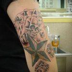 Фото тату игральные кости №172 - прикольный вариант рисунка, который хорошо можно использовать для доработки и нанесения как tattoo игральные кости