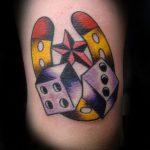 Фото тату игральные кости №440 - классный вариант рисунка, который хорошо можно использовать для преобразования и нанесения как тату игральные кости на запястье