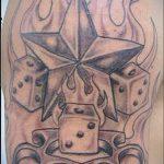 Фото тату игральные кости №827 - крутой вариант рисунка, который успешно можно использовать для доработки и нанесения как тату игральные кости на запястье