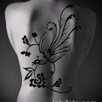 тату на спине №37 - интересный вариант рисунка, который удачно можно использовать для преобразования и нанесения как тату на спине абстракция