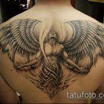 тату на спине №385 - классный вариант рисунка, который успешно можно использовать для преобразования и нанесения как тату на спине крылья