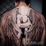 тату на спине №878 - уникальный вариант рисунка, который хорошо можно использовать для доработки и нанесения как тату на спине крылья