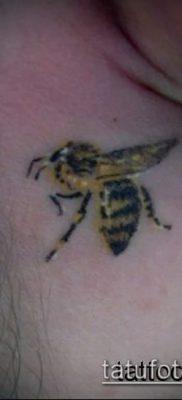 Фото тату оса насекомое – мехенди – 12062017 – пример – 028 Tatu wasp insect