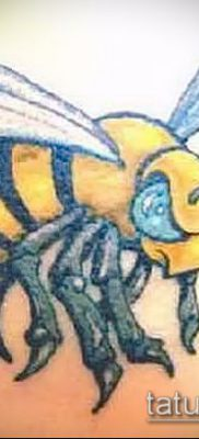 Фото тату оса насекомое – мехенди – 12062017 – пример – 040 Tatu wasp insect