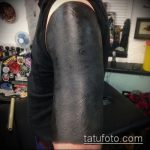 черное тату №673 - прикольный вариант рисунка, который хорошо можно использовать для преобразования и нанесения как черное тату на руке