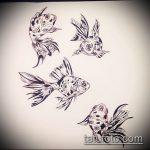 Эскиз тату золотая рыбка №429 - достойный вариант рисунка, который легко можно использовать для переделки и нанесения как тату золотая рыбка на ноге