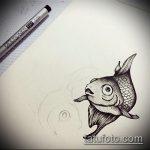 Эскиз тату золотая рыбка №153 - крутой вариант рисунка, который удачно можно использовать для доработки и нанесения как тату золотая рыбка на запястье