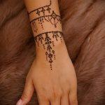 Фото браслет хной - 19072017 - пример - 065 Bracelet with henna
