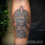тату богов №390 - прикольный вариант рисунка, который хорошо можно использовать для доработки и нанесения как татуировки богов майя