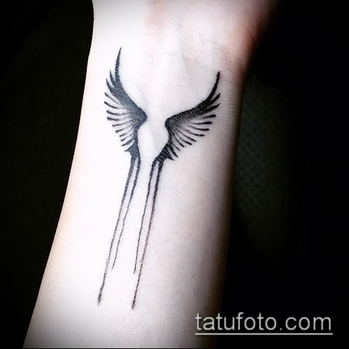 Фото тату крылья Гермеса - 06072017 - пример - 019 Tattoo wings of Hermes