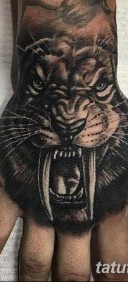 фото тату саблезубый тигр от 25.07.2017 №006 – Tattoo saber-toothed tiger