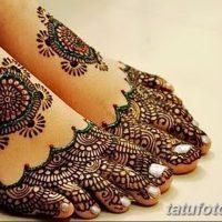 Мехенди на пальцах ног