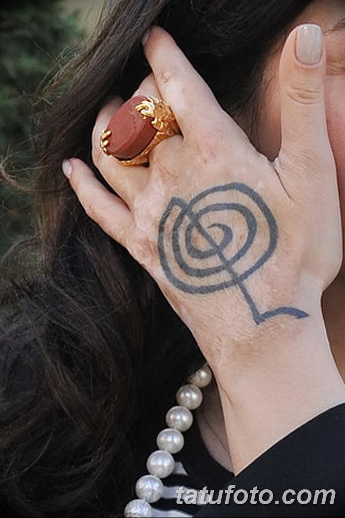 фото Тату Тины Канделаки от 15.08.2017 №018 - Tina Kandelaki tattoo_tatufoto.com