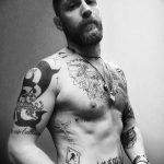 фото Тату Тома Харди от 07.08.2017 №013 - Tom Hardy's Tattoo_tatufoto.com