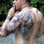 фото Тату Тома Харди от 07.08.2017 №038 - Tom Hardy's Tattoo_tatufoto.com