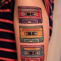 Значение тату кассета