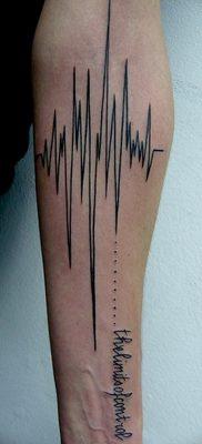 фото тату прямая линия (полоса) от 11.08.2017 №008 – Straight line tattoo
