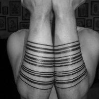 Значение тату полосы