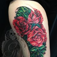 Значение тату три розы