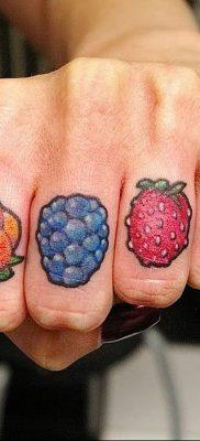 фото тату черника от 21.08.2017 №031 – Blueberry tattoo – tatufoto.com